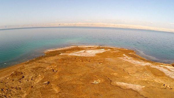 How is Dead Sea mud helping treat diseases in Jordan?