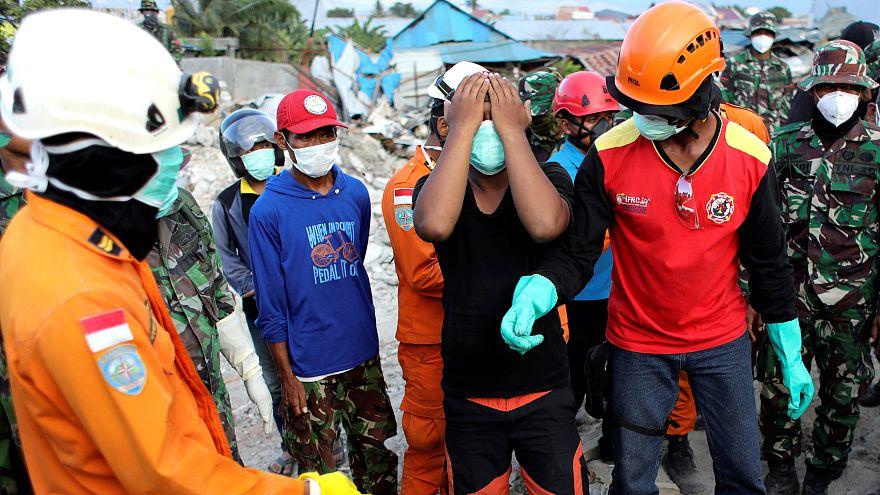 Ultimas horas de búsqueda y rescate en Indonesia