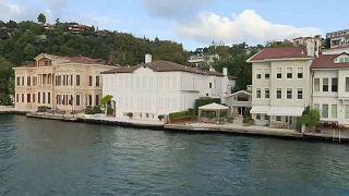 """Turquie : 60 des emblématiques maisons """"yali"""" mises en vente"""