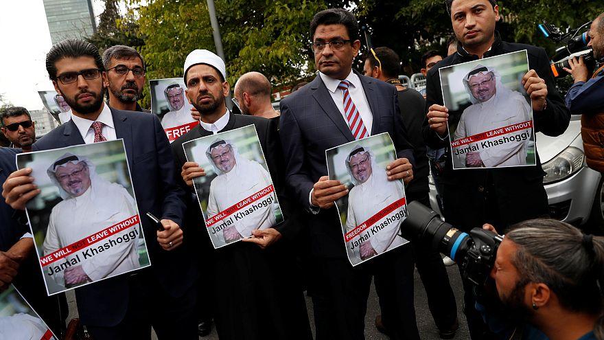 Αποτέλεσμα εικόνας για Khashoggi entering saudi arabia embassy
