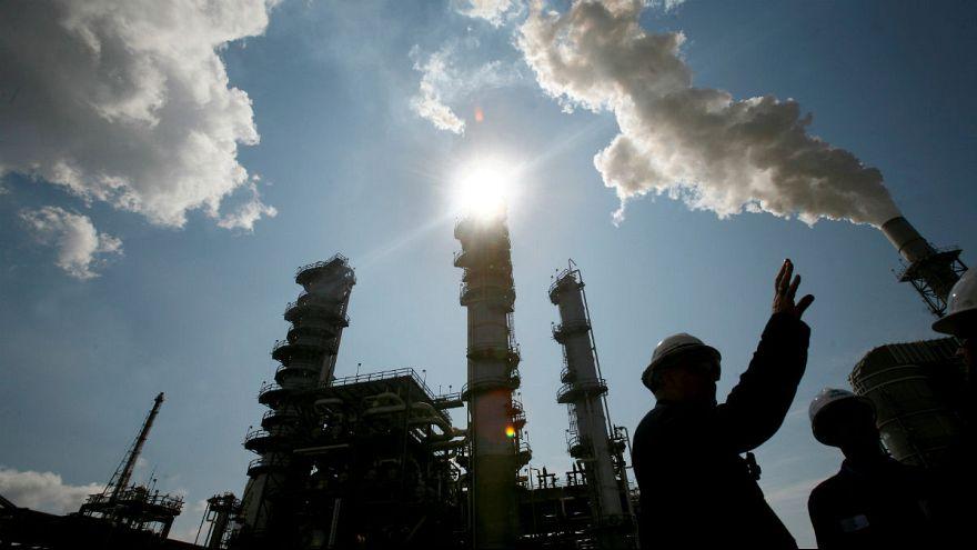 ضربهای که تحریمهای آمریکا به صنعت نفت ایران میزند