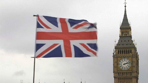 Το σύννεφο του Brexit πάνω από την βρετανική οικονομία