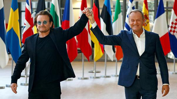 """Bono in Brüssel: """"Zeigt mehr Liebe für Europa"""""""