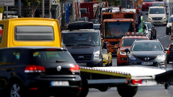 Émissions de CO2 des voitures : l'UE réhausse (un peu) ses ambitions
