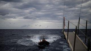 قتلى ومفقودون في المتوسط بعد غرق قارب مهاجرين قبالة ساحل تركيا الغربي