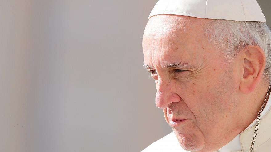 البابا يشجب الإجهاض بعنف ويشبهه بعمليات القتل المافيوية