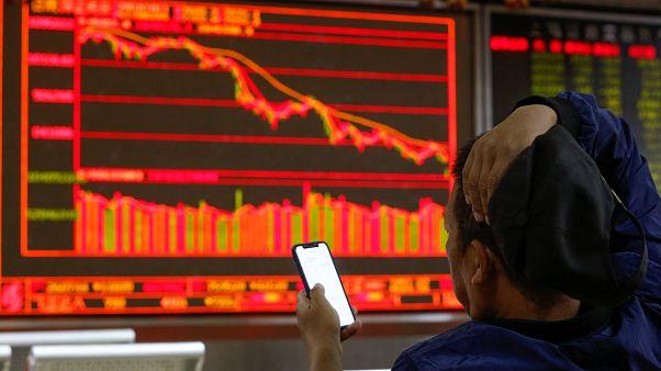Forte queda de Wall Street arrasta bolsas mundiais