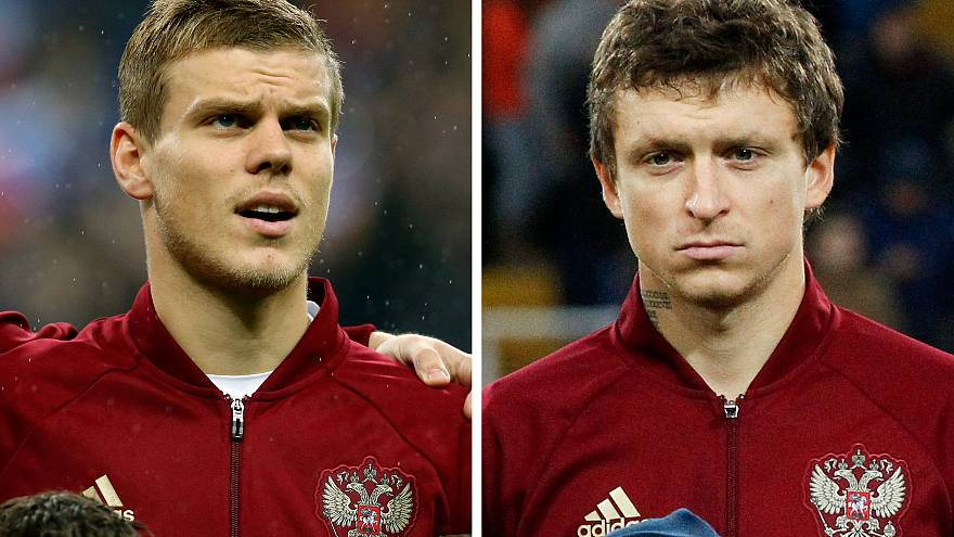 Russian footballers detained after beating government official