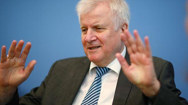 Salpicada por un escándalo de presunta corrupción la oficina de asilo alemana