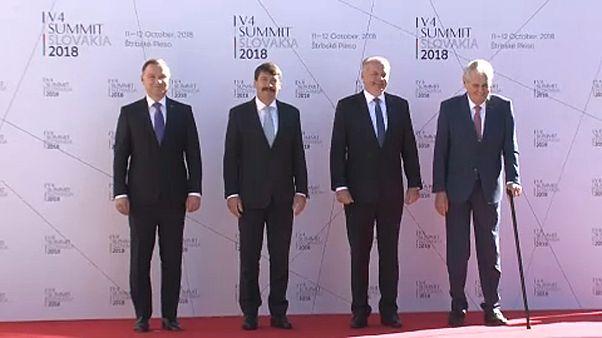 Az EU kihívásairól tárgyalnak a V4-országok vezetői