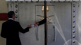 لماذا أبقى ترامب بوابة بيع الأسلحة للسعودية مفتوحاً رغم اختفاء خاشقجي؟