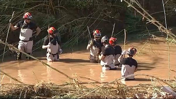 ارتفاع حصيلة ضحايا فيضانات مايوركا الإسبانية إلى 12 قتيلا