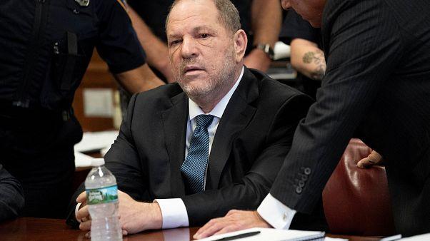 القضاء الأمريكي يسقط تهمة من ستّ وُجِّهت إلى وحش هوليوود