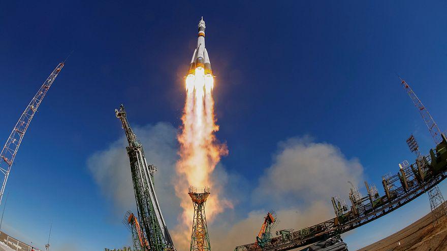 VİDEO - Soyuz MS-10 kazasının nedeni roketin bölümlerindeki çarpışma