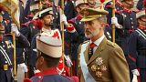 El duelo, algunos abucheos y la lluvia deslucen el desfile de la Fiesta Nacional en España