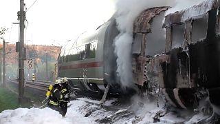 شاهد: اندلاع حريق في القطار الأسرع في ألمانيا