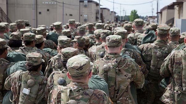 ارتش آمریکا بیش از ۵۰۰ نیروی مهاجر را اخراج کرد