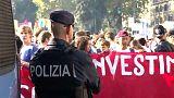 Italia: studenti in piazza contro il governo