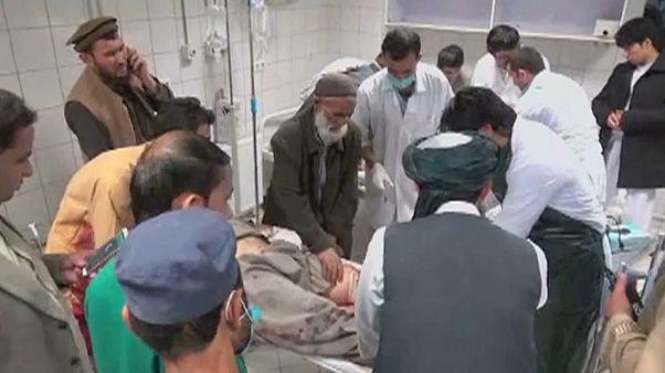 Al menos 24 muertos en dos atentados en Afganistán