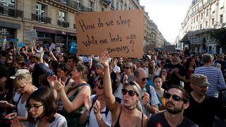 Franceses marcham contra as alterações climáticas