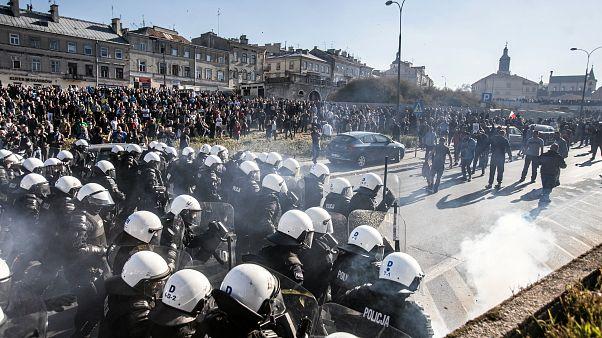 """Polonia: alla """"Marcia dell'Uguaglianza"""" interviene la Polizia"""