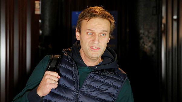 مشهورترین چهره اپوزیسیون روسیه از زندان آزاد شد