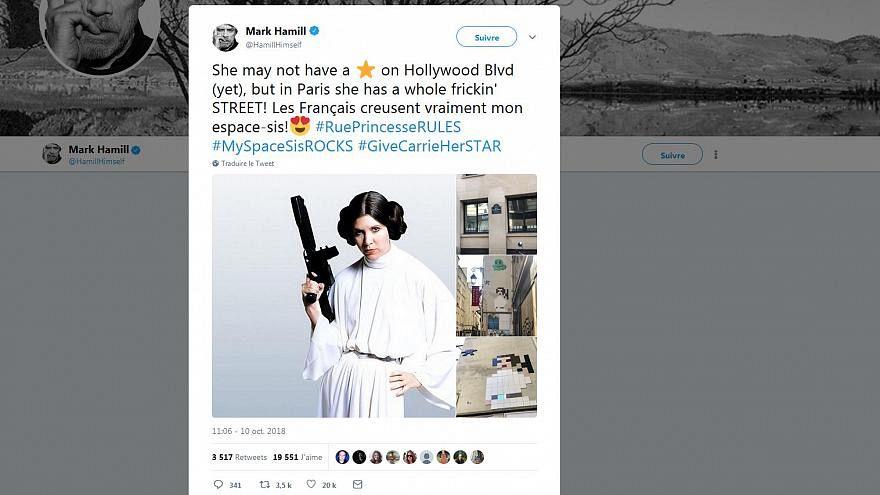 Star Wars : Mark Hammil ému par une œuvre dédiée à Carrie Fisher dans les rues de Paris