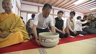 نوشیدن چای در معبد «سایدایجی» ژاپن