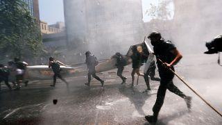 اشتباكات عنيفة بين مجموعة مابوتشي والشرطة في تشيلي في يوم كولومبوس