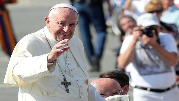 البابا يأمل في زيارة كوريا الشمالية