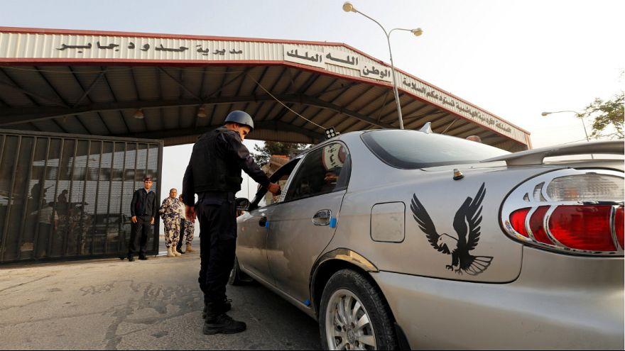 گذرگاه نصیب در مرز اردن و سوریه