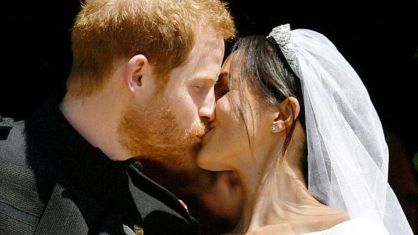 Újabb örömhír a brit királyi családban: Harry és Meghan első gyermeküket várják