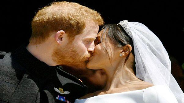 الأمير هاري وزوجته ميغان ينتظران مولودهما الأول