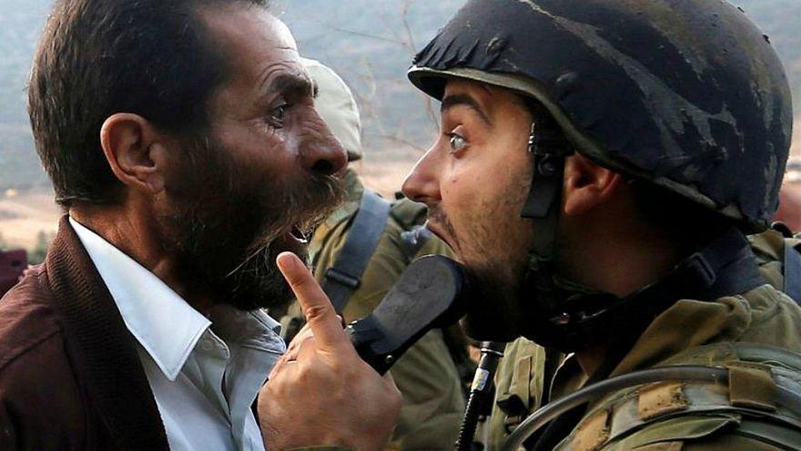 الجيش الإسرائيلي يمنع مئات الطلبة من الالتحاق بمدرستهم في الضفة الغربية