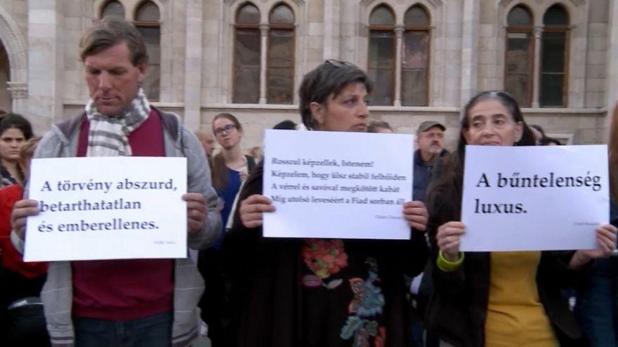 Ungheria in piazza in difesa dei senzatetto