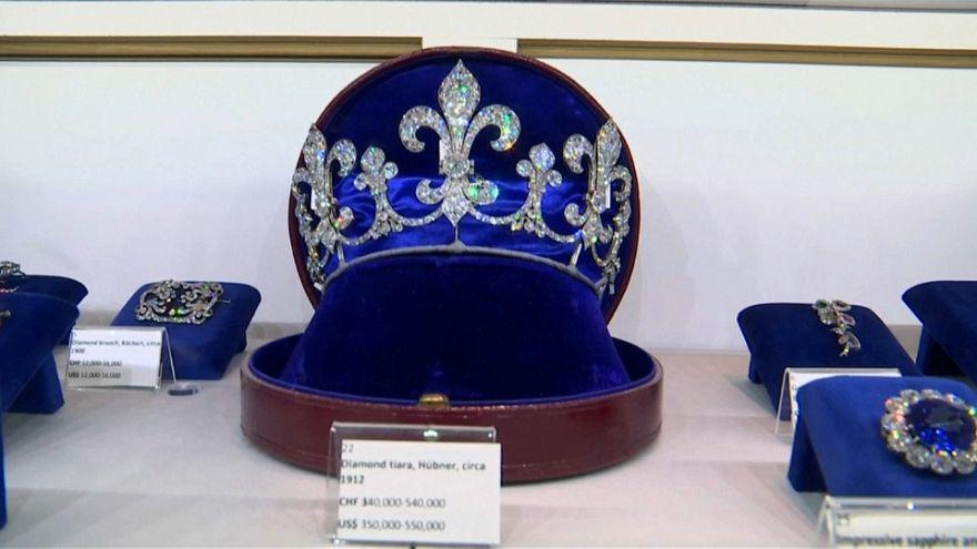 Des bijoux de Marie-Antoinette aux enchères