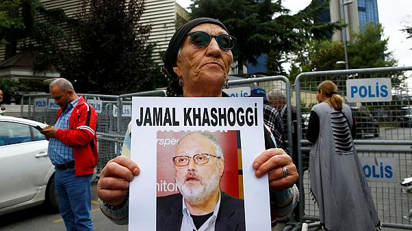 Trump sends secretary of state to meet Saudi king over Khashoggi disappearance