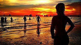 Fél év után ismét megnyitják Boracay-t a turisták előtt