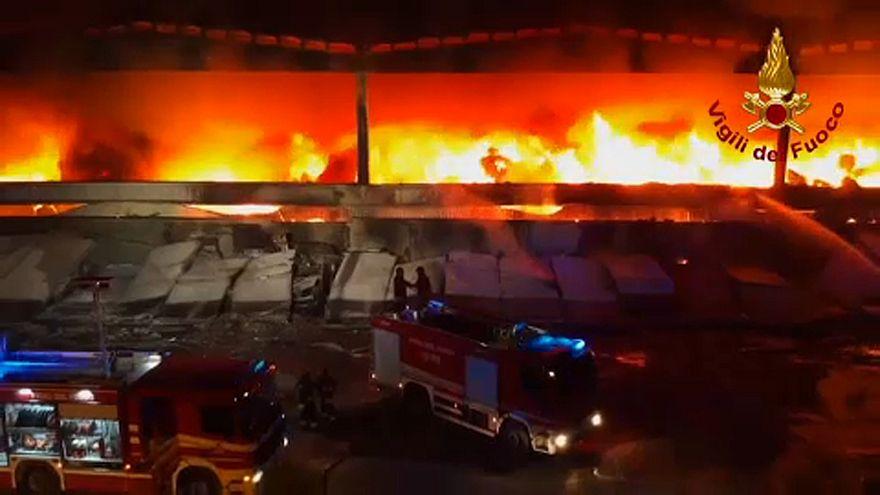 Szemétlerakó lángolt Milánó mellett