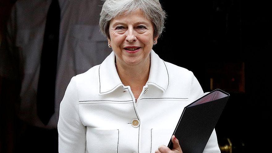 """May acredita que acordo com a UE """"ainda é possível"""""""