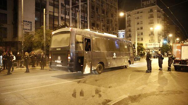 Καταδρομική επίθεση στο αστυνομικό τμήμα Ομόνοιας