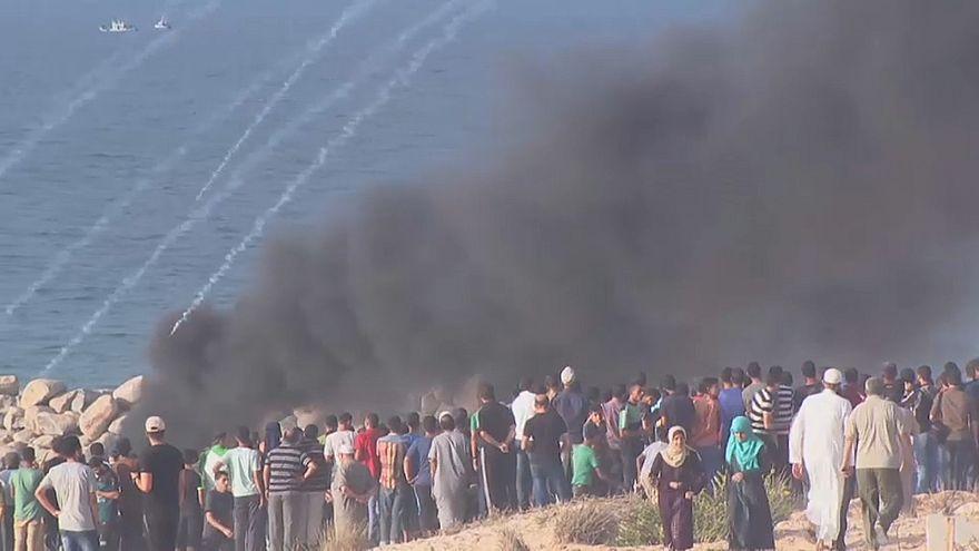 رصاص البحرية الإسرائيلية يطال 32 فلسطينياً على شواطئ غزة