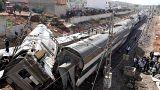 مقتل 6 على الأقل وإصابة العشرات في خروج قطار عن القضبان بالمغرب