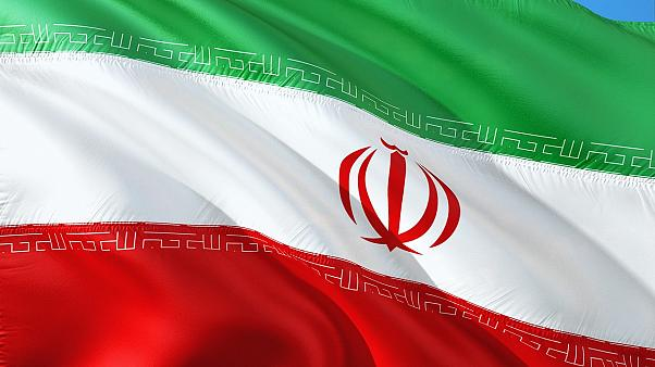 إيران تدافع عن حقها بإجراء تجارب صاروخية وتقول إنها لأهداف دفاعية