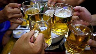 كيف سيؤثر التغير المناخي على شرب البيرة حول العالم؟