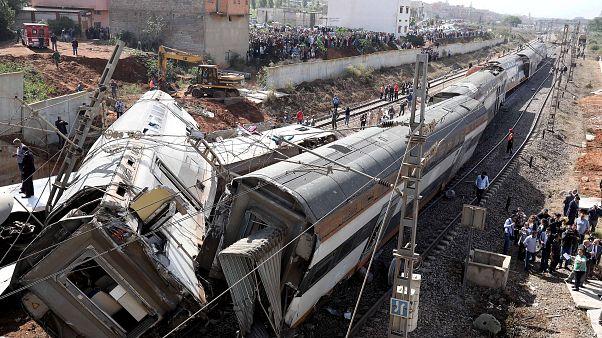 Крушение поезда в Марокко: десятки жертв
