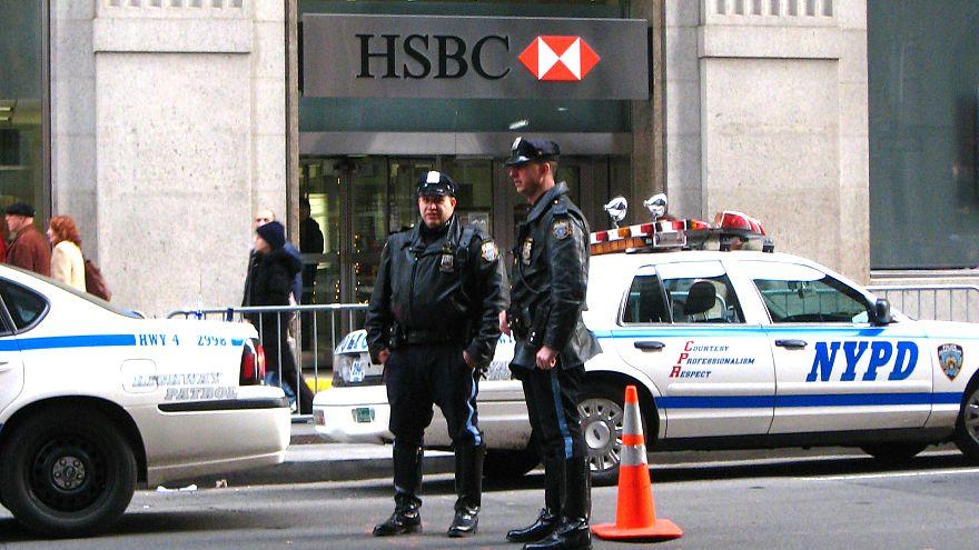 New York 25 yıldır ilk defa silahlı saldırının olmadığı bir haftasonu geçirdi