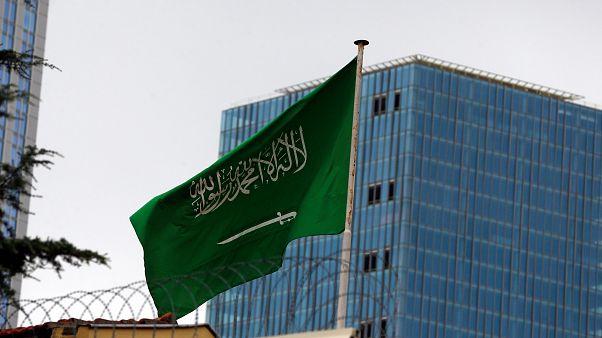 وكالة الأنباء الفرنسية: القنصل السعودي لدى تركيا يغادر إسطنبول متجها إلى الرياض