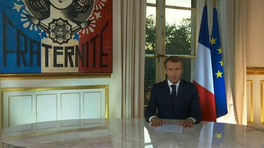 """Macron dopo il rimpasto: """"Vado avanti, non cambio rotta"""""""