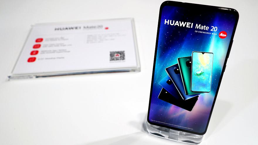 Merakla beklenen Huawei Mate 20 ve Mate 20 Pro görücüye çıktı